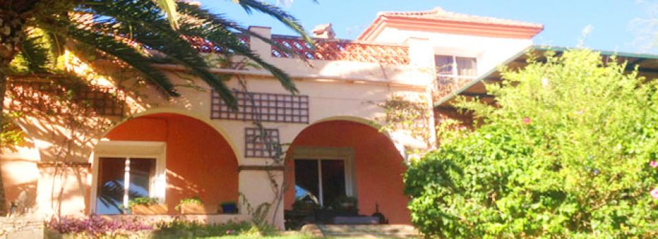 Villa mit Stall zu verkaufen Algeciras Los Barrios Gibraltar