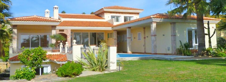 suche_Villa_nahe_Strand_benahavis_Nueva_Atalaya_zu_kaufen