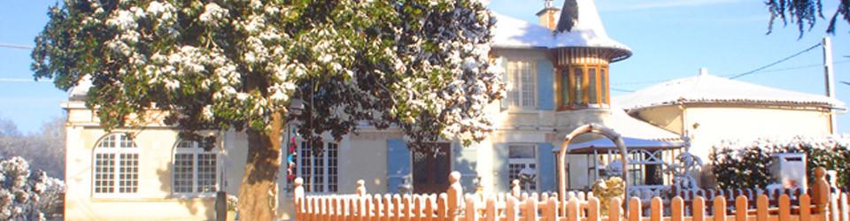 Villa rural, finca con alojamiento, cuadras para caballos, piscina, camping, Francia, Charente-Maritime, Bordeaux, Montguyon en venta